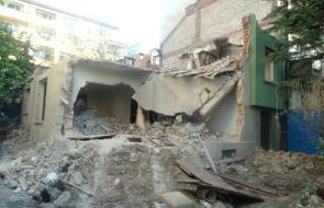 снимка Събаряне на сгради и къщи